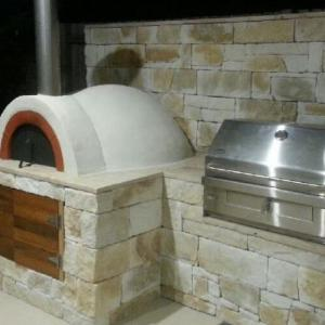 diy-wood-fired-pizza-oven-Bardwell