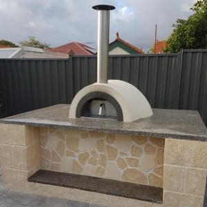 Pizza oven- North Perth